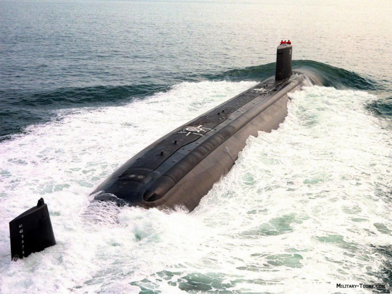 life on a submarine - HD1024×768