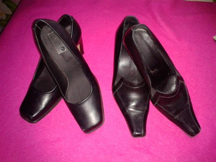 Обувь с квадратными носами.