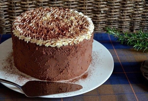 Торт «Тирамису» напоминает немного итальянский десерт тирамису