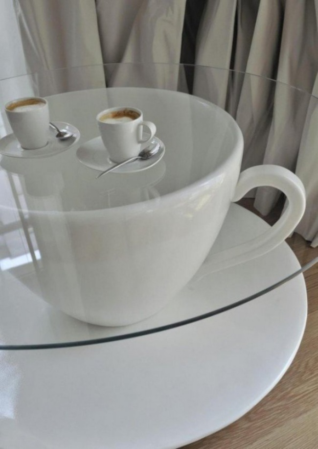 659105-650-1455021498-cup-table