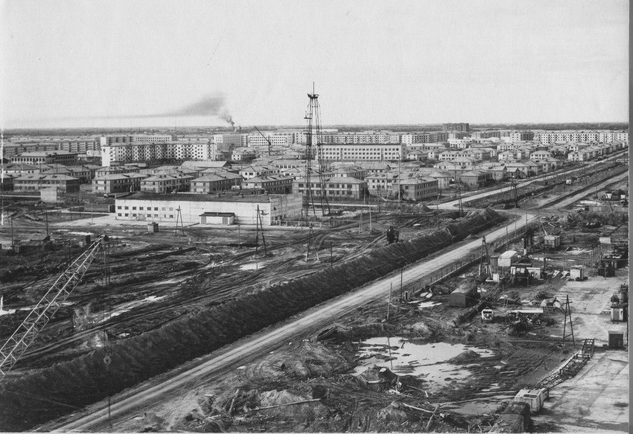 нефтеюганск старые фото место занимают