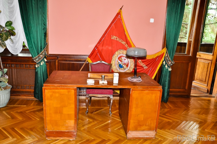 Экскурсия по даче Сталина в Сочи (32 фото)