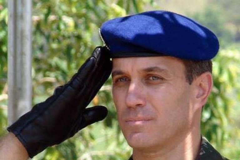 Бразильский генерал впервые …