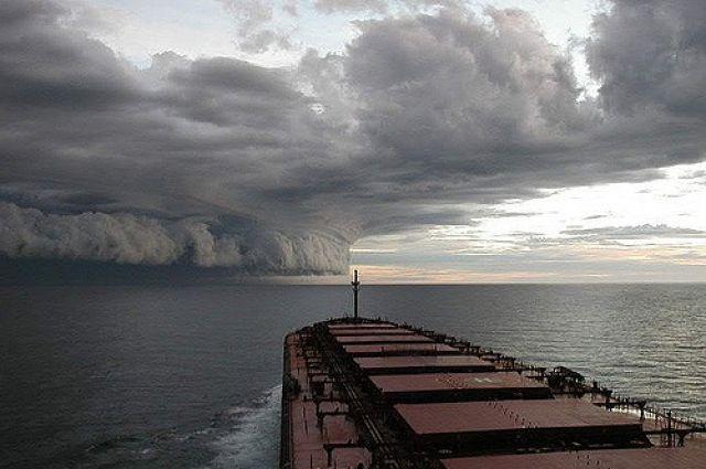 К побережью Мексики приближается ураган «Уилла»