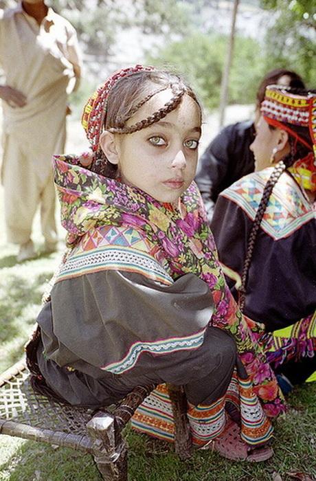 Этническая загадка: калаши - пакистанские горцы со славянской внешностью