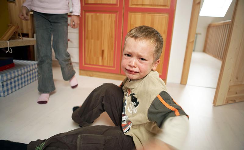 Ювенальная юстиция: Смертельный приговор детям, которых забирают из семей