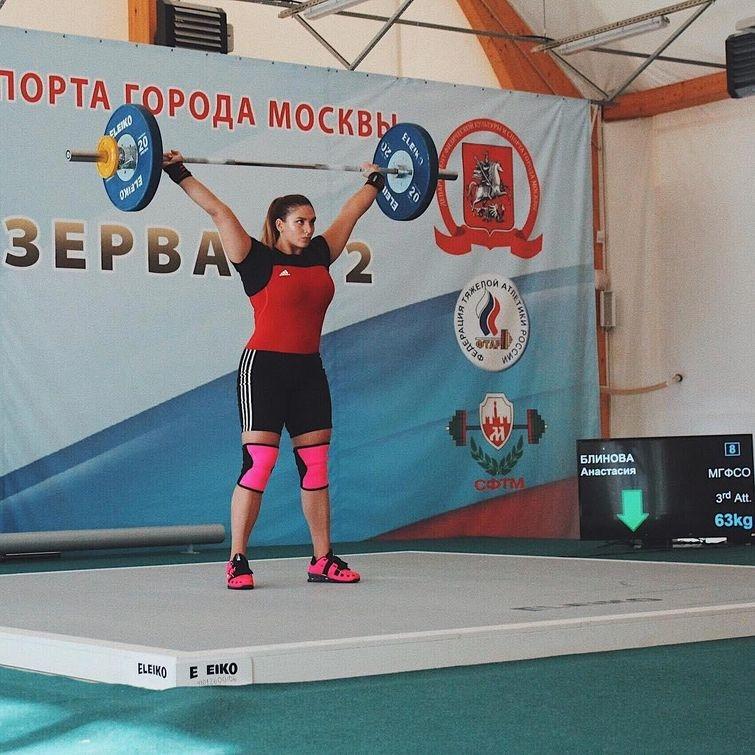 Анастасия Блинова, накаченная выпускница, выпускница качок, Анастасия Блинова инстаграм,Анастасия Блинова спортсменка