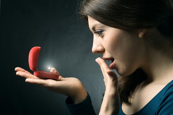 Ювелиры создали кольца для блудливых супругов