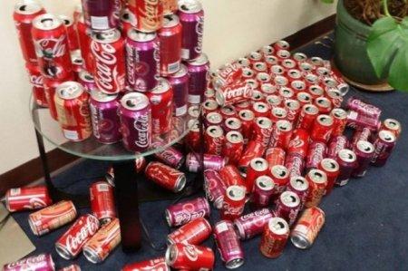 Этот парень ежедневно пил по 10 банок кока-колы. Через месяц его было не узнать