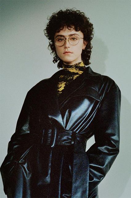 Дочь Пола Уокера и падчерица Камалы Харрис дебютировали на Неделе моды в Нью-Йорке Новости моды
