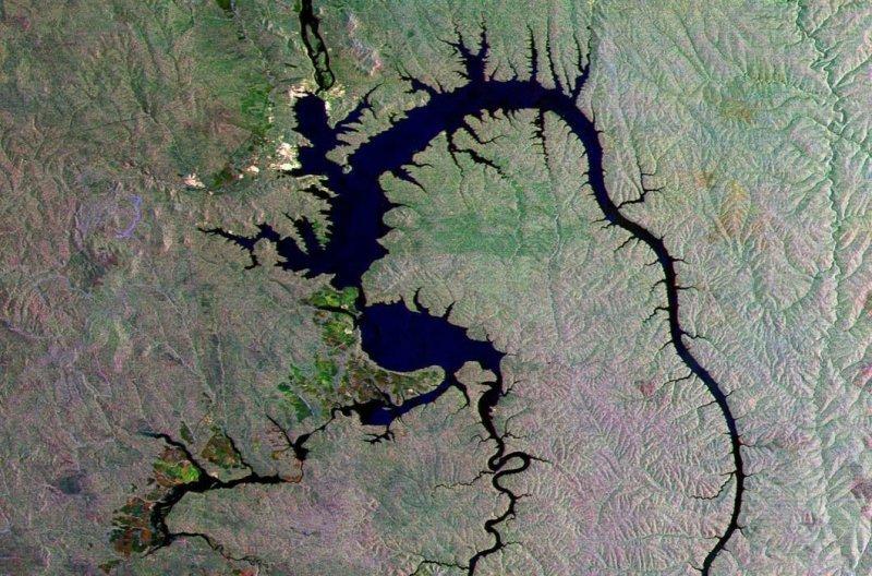 13. Братское водохранилище на Ангаре. земля, космос, пейзаж, планета, природа, россия, фотосъемка