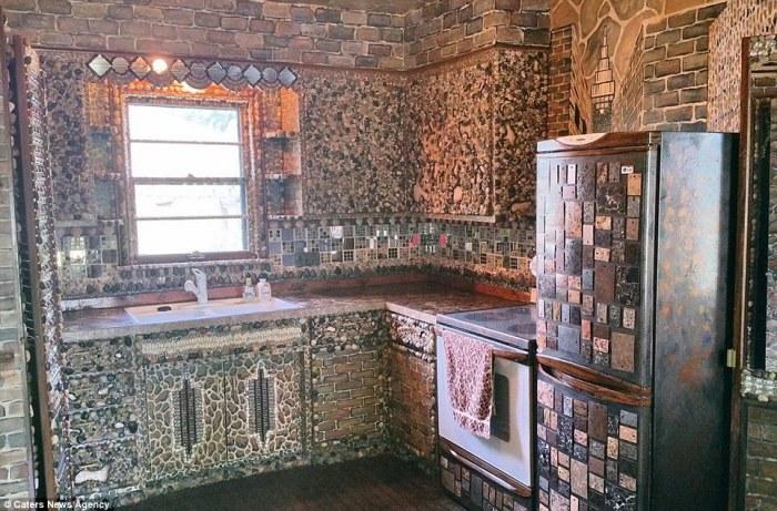 Так выглядит кухня в доме американской художницы Лаури Сведберг.