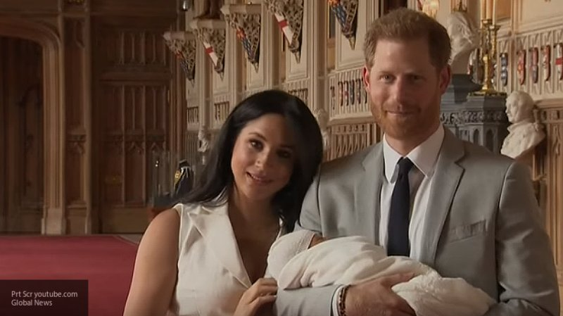 Меган Маркл и принц Гарри подарили своему сыну на день рождения необычный подарок