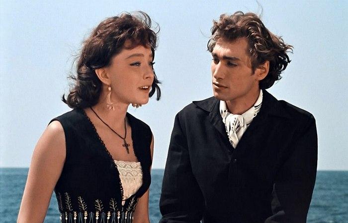 Загадка популярности Ихтиандра: Подводный диверсант или романтический любовник?