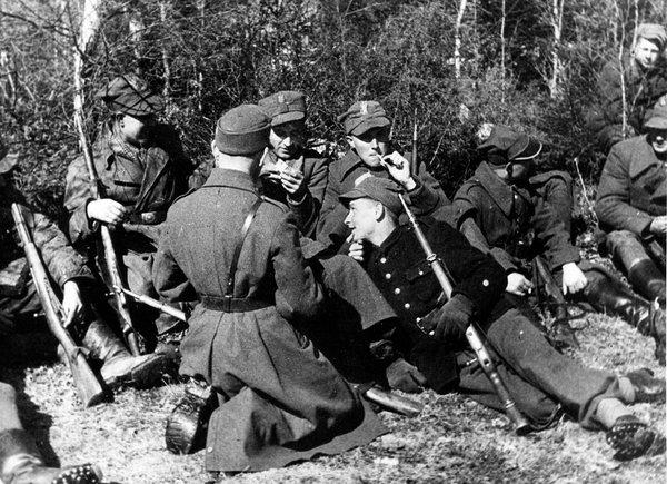 Как Армия Крайова и Советска…