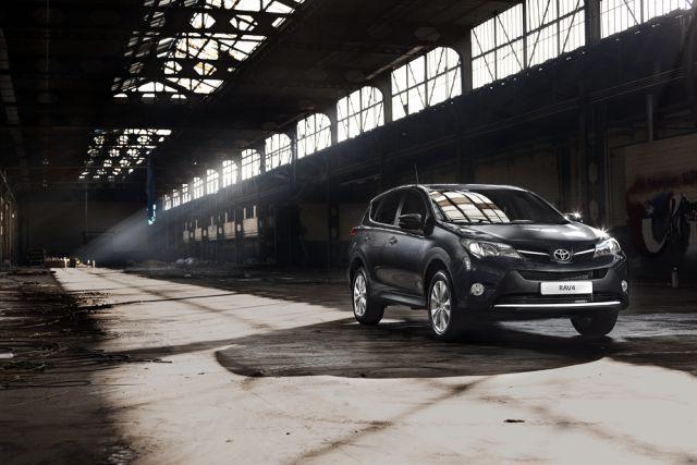 Toyota стала мировым лидером по продаже автомобилей