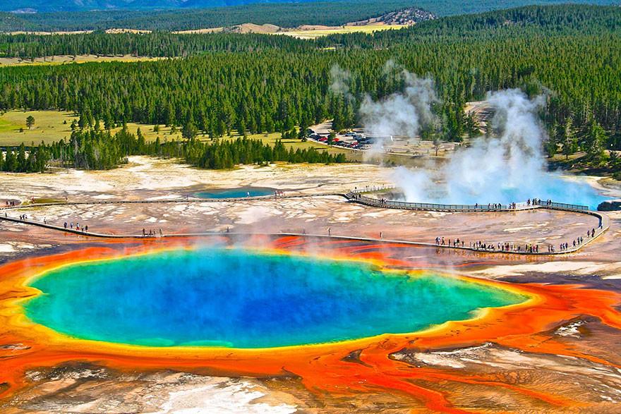 12. Большой призматический источник, Вайоминг, США земля, красота, планета, природа