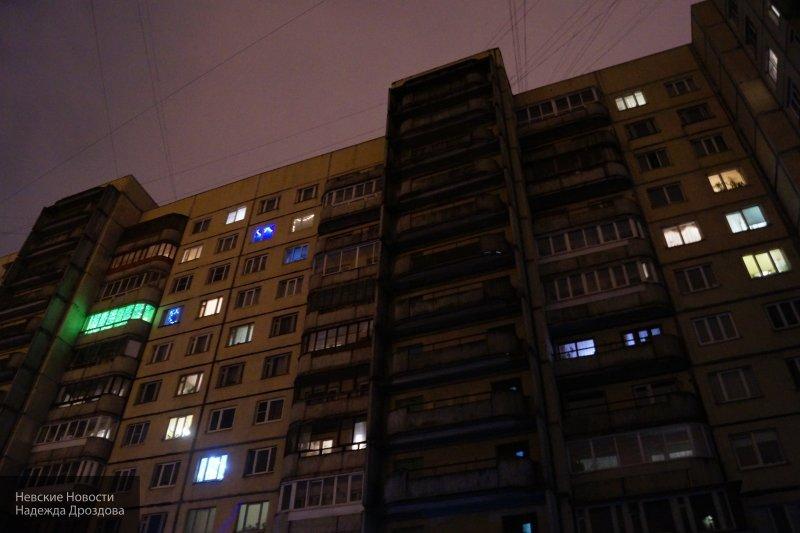 В Новосибирске трехлетний малыш упал с восьмого этажа