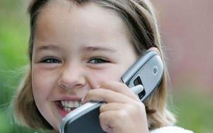 Ребенок и телефон. Меры предосторожности