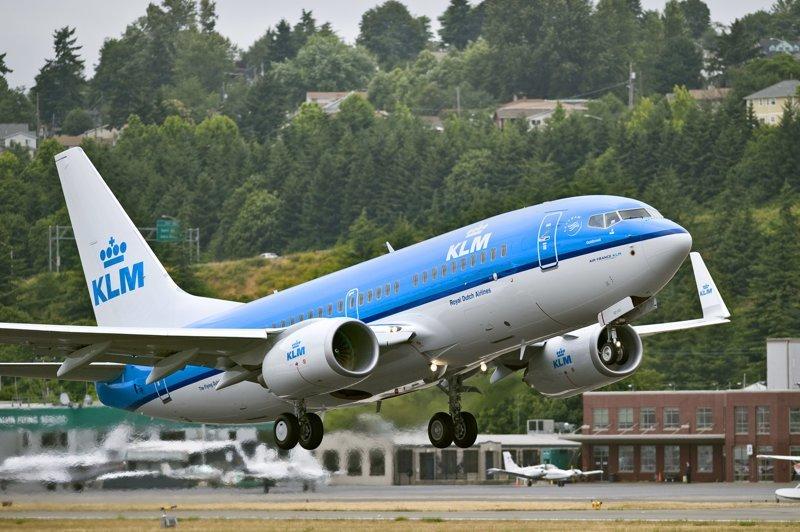 Почему самолеты так круто взлетают? Пилоты - лихачи? Пособие для аэрофоба Ликбез, авиация, юмор