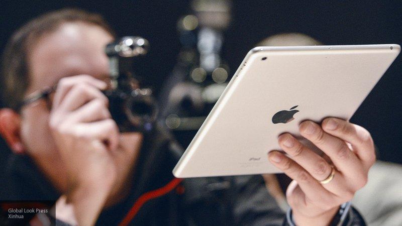 Компания Apple покажет новые модели iPhone 12 сентября