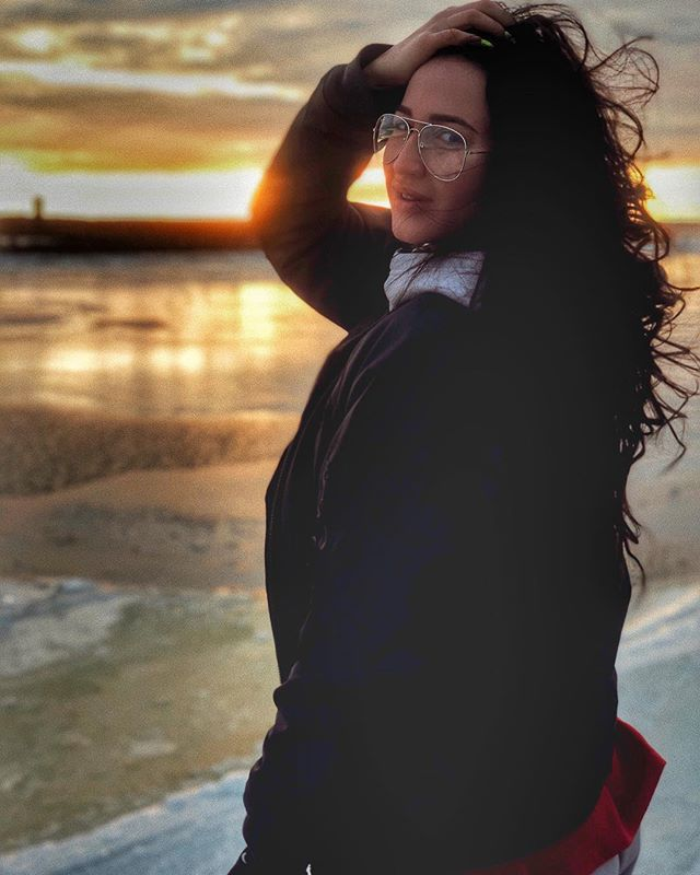 Ольга Бузова встретила закат в Таллине