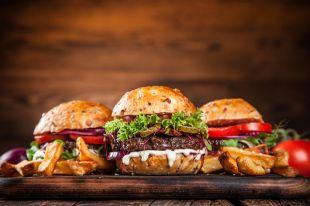 Все дело в сыре. Чем отличаются бургер, гамбургер и чизбургер?