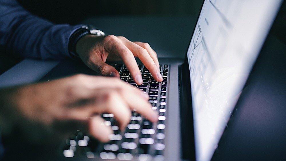 Логины и пароли пользователе…