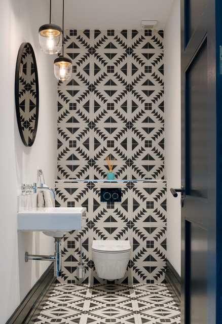 Просто фото: Перетекание плитки с пола на стену идеи для дома,интерьер и дизайн