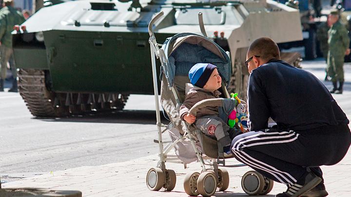 """КТО ТРАВИТ РУССКИХ В ДОНБАССЕ? """"УКРАИНЕЦ С РОССИЙСКИМ ПАСПОРТОМ"""" ПРОГОВОРИЛСЯ украина"""