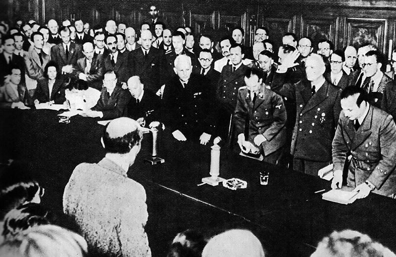 Пресс-конференция Риббентропа