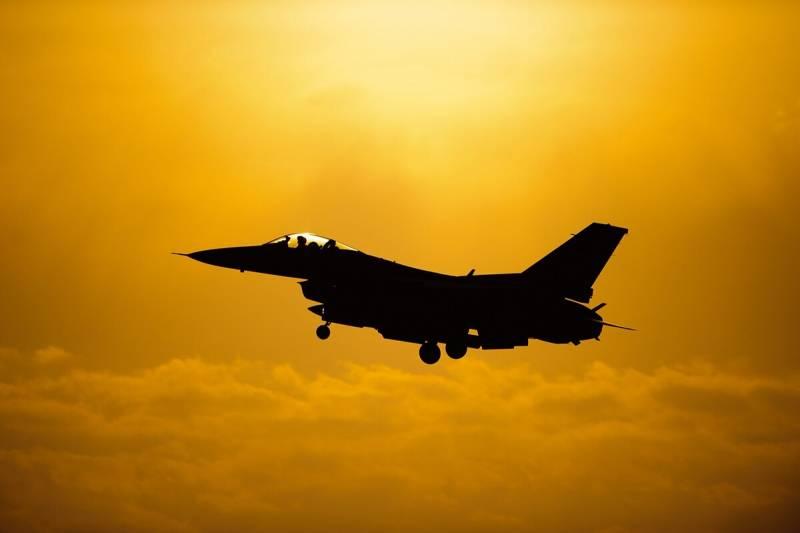 Возможная охота Москвы на критические технологии болгарских F-16V геополитика