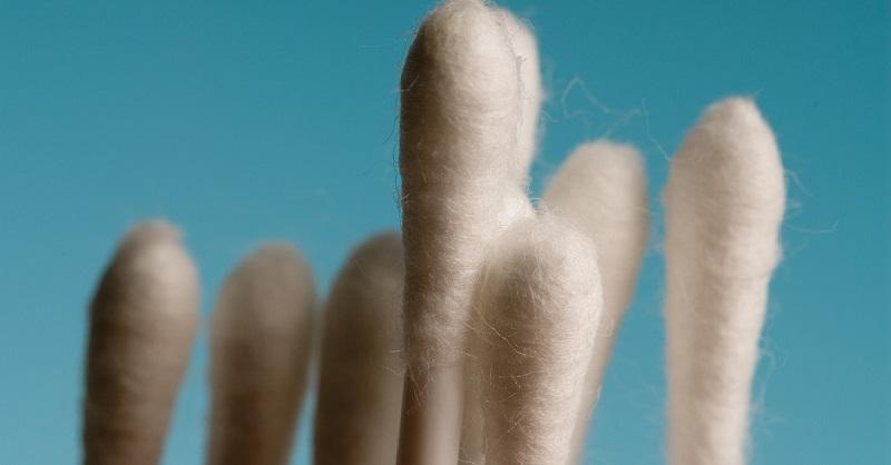Почему необходимо отказаться от использования ватных палочек