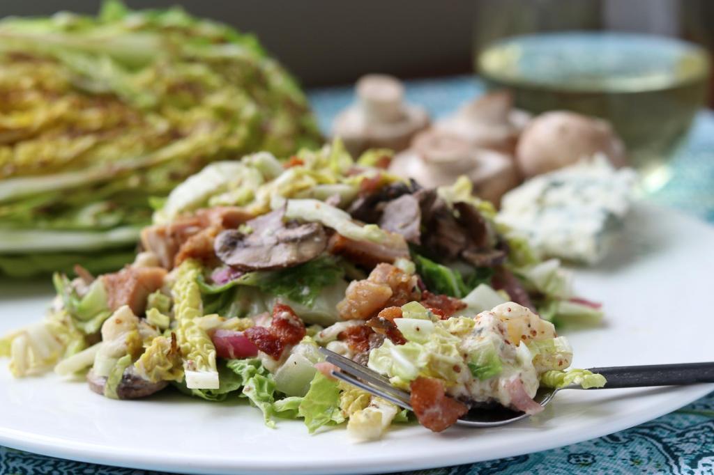 Нежный салат с куриной грудкой: лучшие рецепты