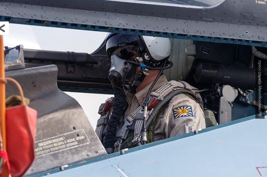 США на пути в Абу-Кемаль: ВКС РФ громят ИГ и сдерживают войну курдов и САА