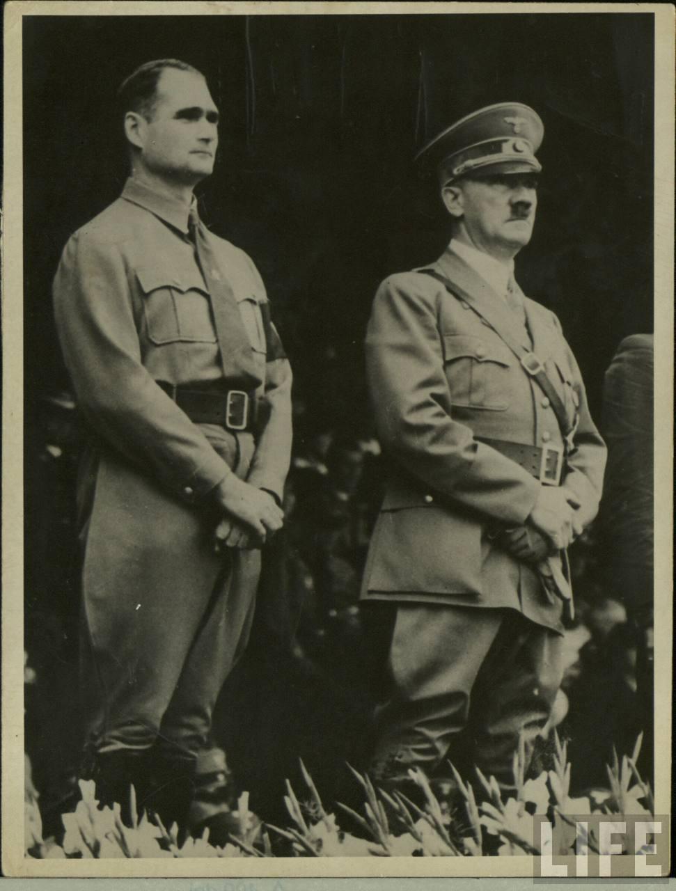 Гитлер не любил гомосексуалист