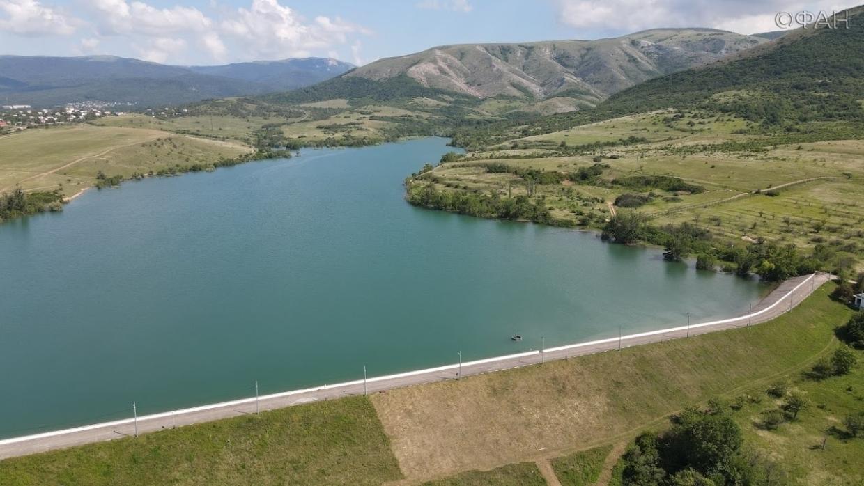 Крымский блогер показал, как сейчас выглядит некогда пересохшее Аянское водохранилище Общество