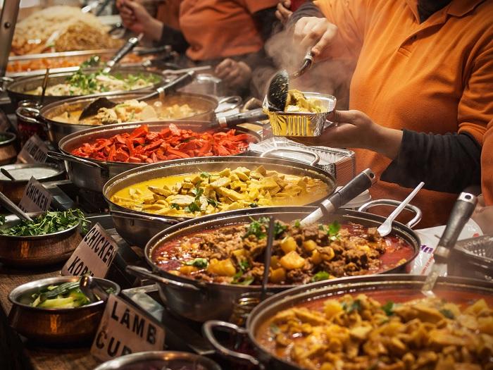 Путешествуя по Индии, можно найти разные блюда в зависимости от региона страны. /Фото: sammyboy.com