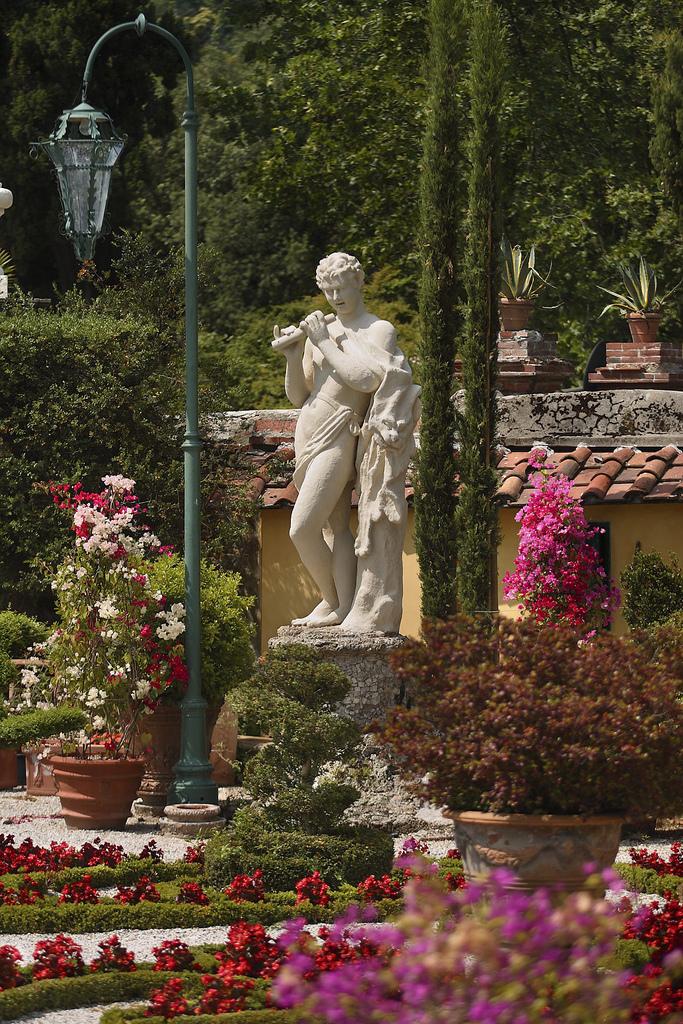 Сады Виллы Гарцони (Villa Garzoni Garden). Италия
