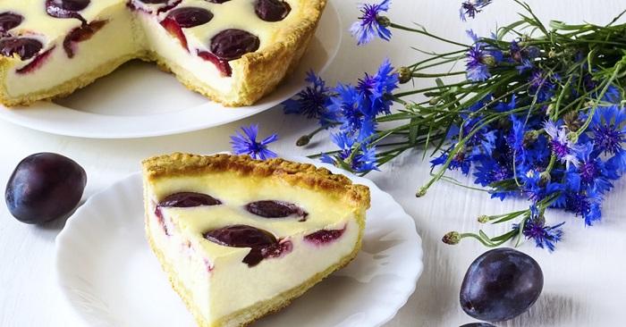 Пирог со сливами и творогом: простой рецепт необыкновенно вкусной выпечки!