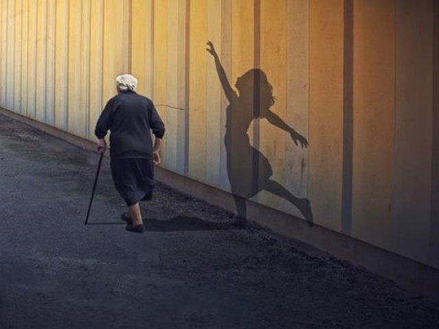 Причины и заблуждения   по которым женщины боятся старости.