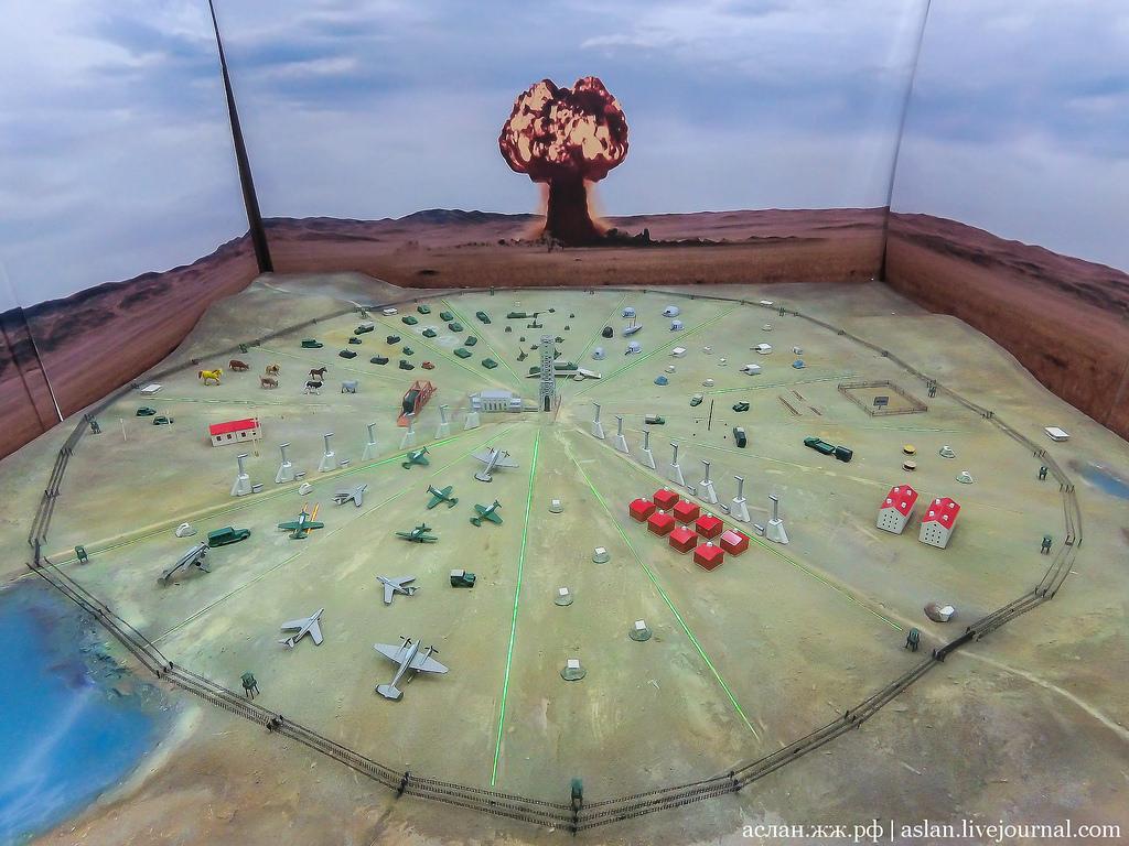 Как СССР проводил ядерные взрывы на Семипалатинском полигоне Война и мир
