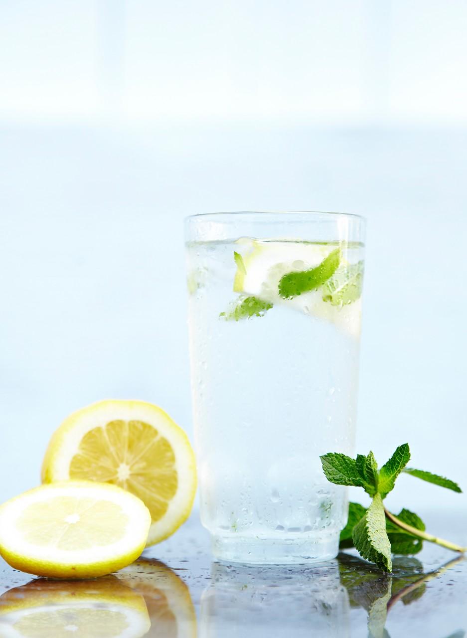 Польза воды с лимоном