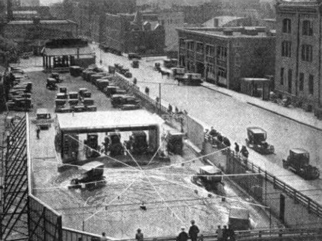 Бассейн для машин из Чикаго 1920-х годов