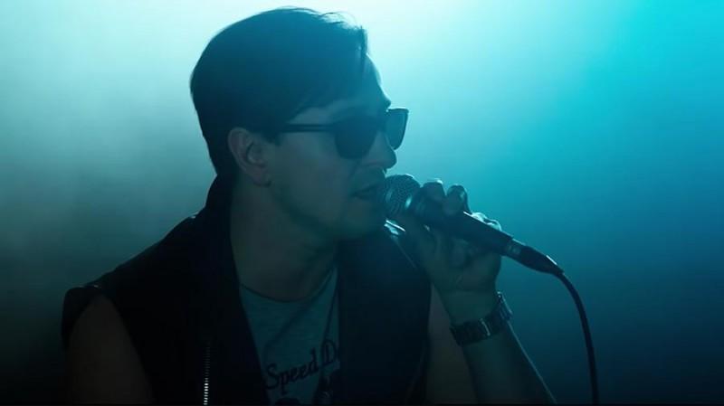 Безруков представил видеоклип на свою первую песню
