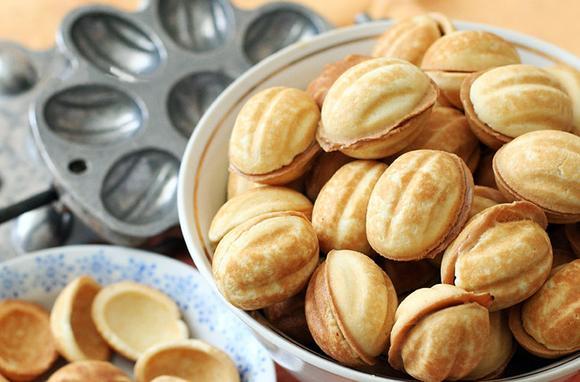 Самые яркие воспоминания из детства — орешки со сгущенкой!