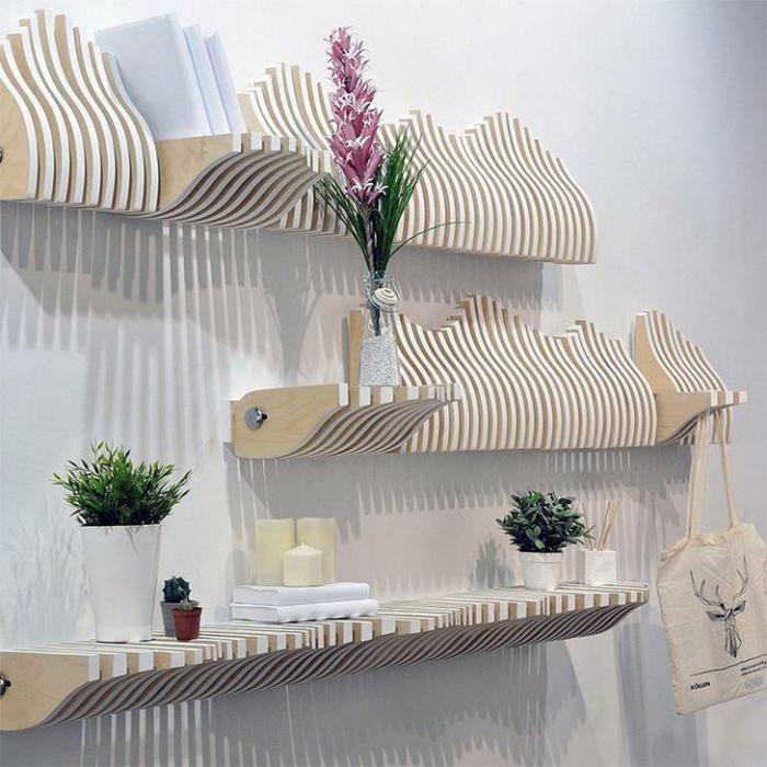 Полка по вашему желанию может превратиться в несколько элементов мебели одновременно.