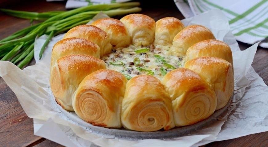 Фото к рецепту: Булочки-малышки Ñ Ñырно-грибной начинкой