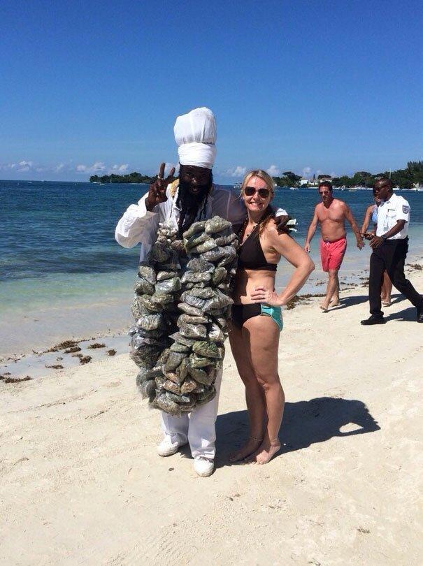 На Ямайке даже драгдилеры веселы и беззаботны Вот это ДА, забавно, находки, неожиданности, пляжи, смешно, странные вещи, удивительное рядом