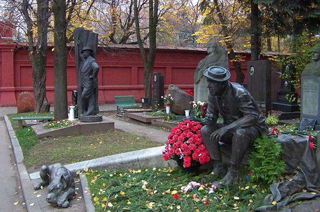 Прикоснуться к вечности. Чем московские кладбища привлекают туристов